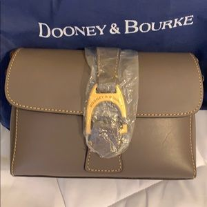 BRAND NEW D&B saddle hook crossbody bag